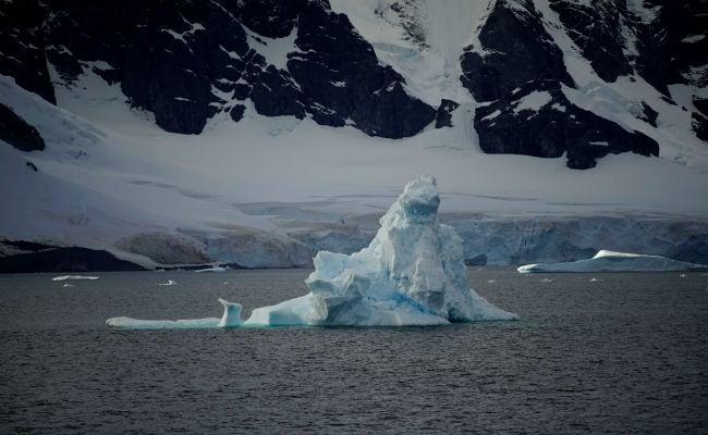 Antarctica's Ice Melt Quickens, Risks Metres Of Sea Level Rise: Study
