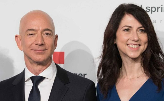 'Will Be Beauty': Trump 'Wishes' Jeff Bezos On Divorce Amid Affair Buzz