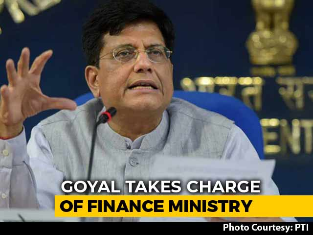 Video : Ahead Of Interim Budget, Piyush Goyal Fills In For Arun Jaitley