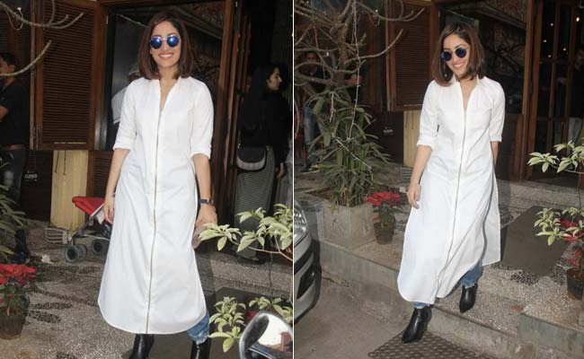 Yami Gautam Gave Her Basics A Brand New Lease Of Life. Get Her Cool Look
