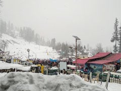 Manali Shivers At Sub-Zero Temperatures Amidst More Snowfall Forecast