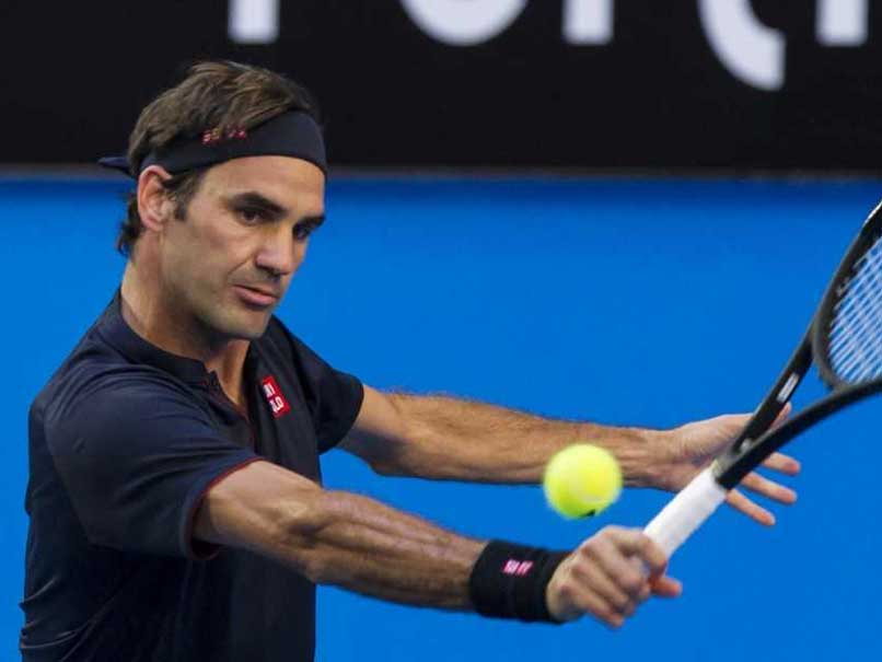 Federer breaks down in beautiful tribute to late coach