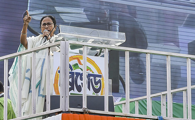 'Headless Agency Has Now Become Spineless BJP': Mamata Banerjee On CBI