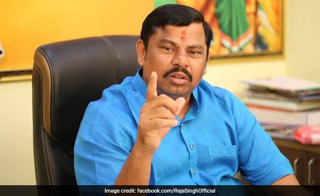 BJP विधायक राजा सिंह ने AIMIM के प्रोटेम स्पीकर की मौजूदगी में शपथ लेने से किया इनकार, बताई ये वजह