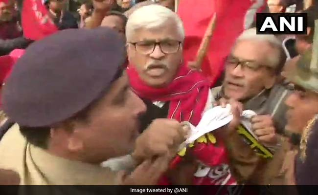 Bharat Bandh Highlights: CPI-M Leader, Protesters Detained By Police In Bengal