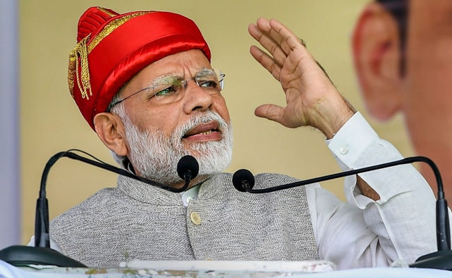 'PM Who Advised To Sell Pakoda  Had To Finally Give Quota,' Taunts Sena
