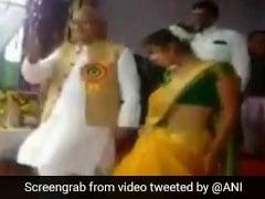 Watch Maharashtra Lawmaker Dance To <i>Aankh Maarey</i> At School Function