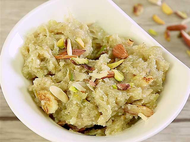 Video : How To Make Lauki Ka Halwa At Home