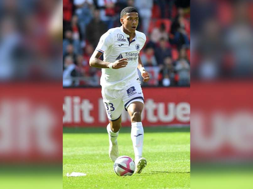 Barcelona Snap Up Budding French Defender Jean-Clair Todibo