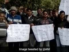 """50 UP Men Plan To """"Auction Themselves"""" Protesting Drinking Water Crisis"""