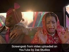 Kala Shah Kala Trailer: दूल्हे को देखकर रो पड़ी दुल्हन, Video इंटरनेट पर हुआ वायरल