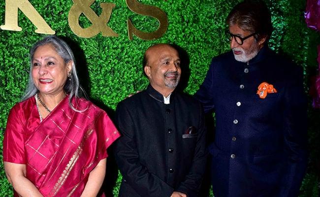 Amitabh Bachchan, Jaya Bachchan, Jeetendra And Others Attend Lyricist Sameer Anjaan's Daughter's Wedding Reception. See Pics