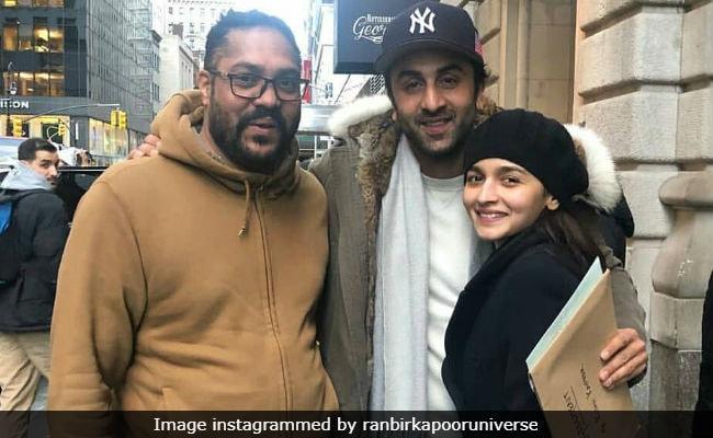 Trending: Ranbir Kapoor And Alia Bhatt, Interrupted. Actors Bump Into Fans In NYC