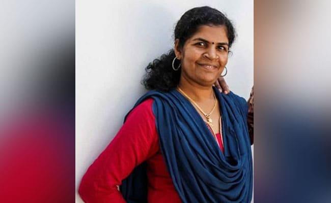 सबरीमाला मंदिर में प्रवेश करने वाली महिला को सास ने पीटा, अस्पताल में भर्ती: सूत्र