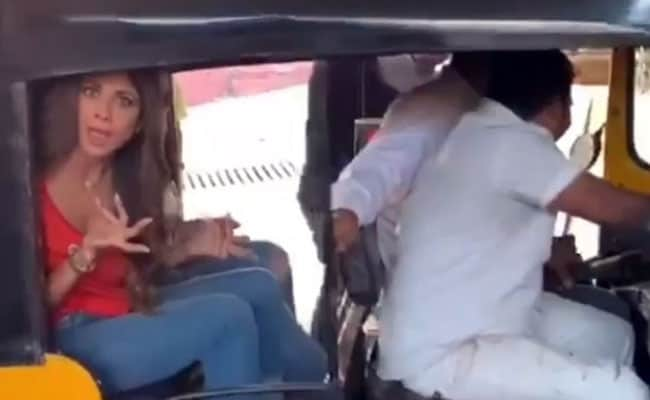शिल्पा शेट्टी ने 15 साल बाद की ऑटो की सवारी, मस्ती भरा Video हुआ वायरल