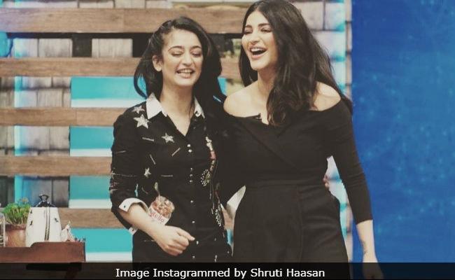 Shruti Haasan And Sister Akshara Pick Their 'Favourite' Throwback Pic