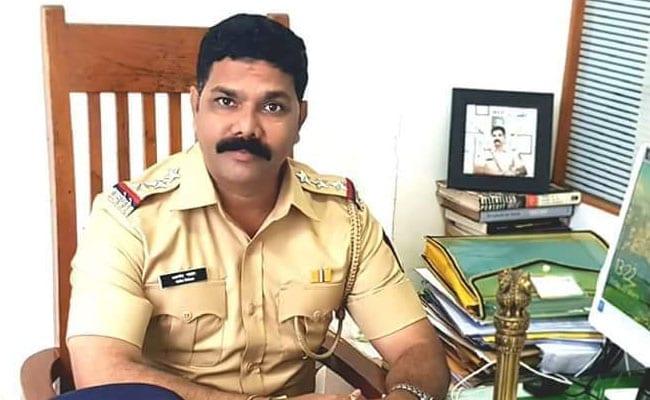 करोड़पति इंस्पेक्टर रिश्वत लेते हुए गिरफ्तार, शराब कारोबारी से मांग रहा था 25 लाख रुपये