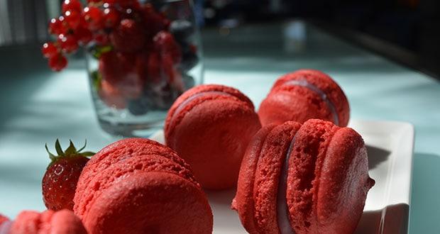 Raspberry Macaron (gluten free)