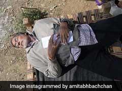 अमिताभ बच्चन ने की बैलगाड़ी की सवारी तो थककर याद आई 'गांव की खटिया'... देखें Photo