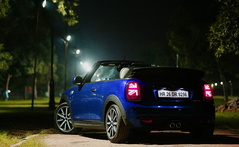 We shot the Cooper S Cabriolet in the night just to highlight all the new lighting elements in the car.