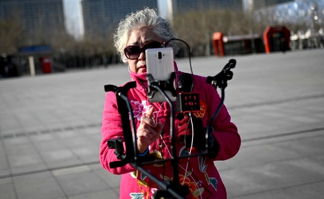 In Rapidly Ageing China, Elderly Jump On Live Streaming Bandwagon