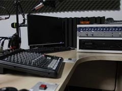 Private FM Channels Allowed To Broadcast All India Radio News Till May 31