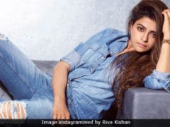 Ravi Kishan's Daughter Riva To Debut Opposite Padmini Kolhapure's Son Priyaank: Report