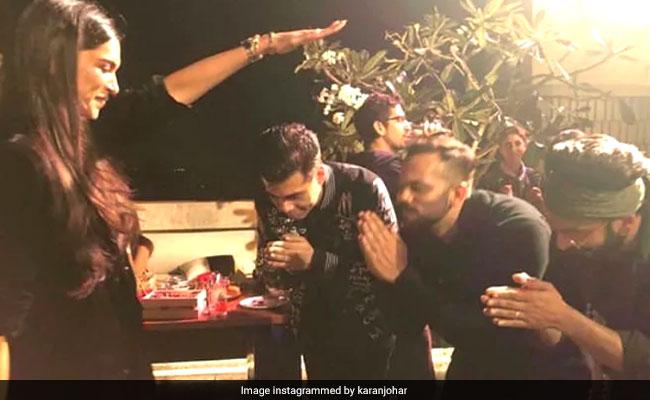 Ranveer Singh Reveals Story Behind Deepika Padukone's Viral Blessing Pic