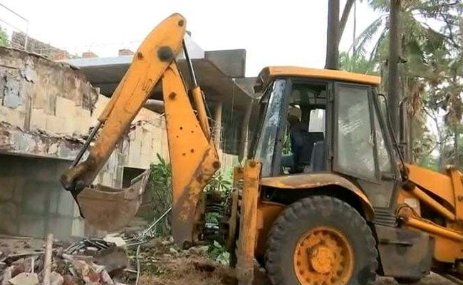 Nirav Modi's Rs 100-Crore Bungalow In Alibaug Illegal, Is Being Demolished