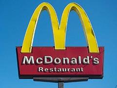 सहकर्मी  के साथ सहमति से सेक्स करने पर McDonald ने CEO स्टीव ईस्टरब्रुक को निकाला