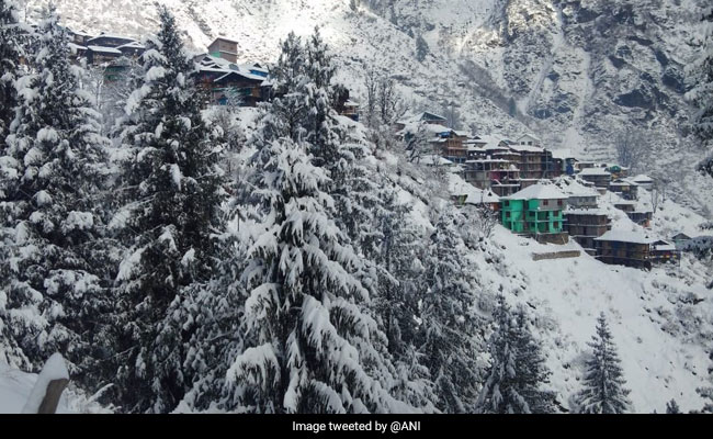 Snowfall In Shimla, Manali; Roadways Affected In Himachal