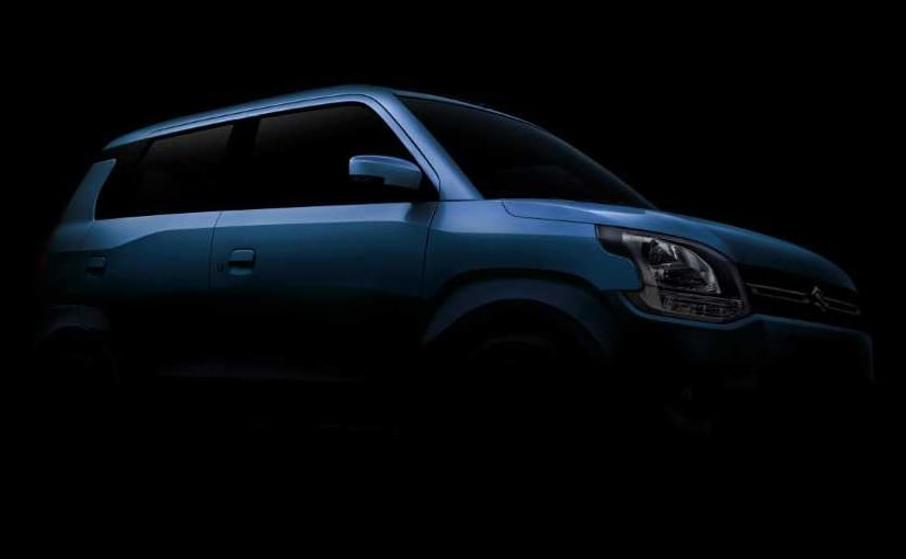 The third generation Maruti Suzuki Wagon R will compete with the new Hyundai Santro