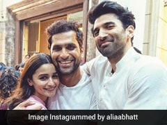 Alia Bhatt Wraps Shooting For <I>Kalank</I>, Shares Pic With Aditya Roy Kapur And Director Abhishek Varman