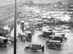 """""""Like A Black Tidal Wave"""": The Day Gallons Of Syrup Tore Through Boston"""