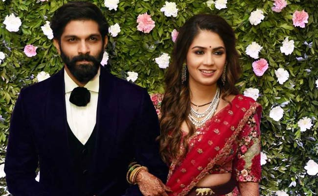 Pics: High-Profile Guests At Wedding Reception For Raj Thackeray's Son