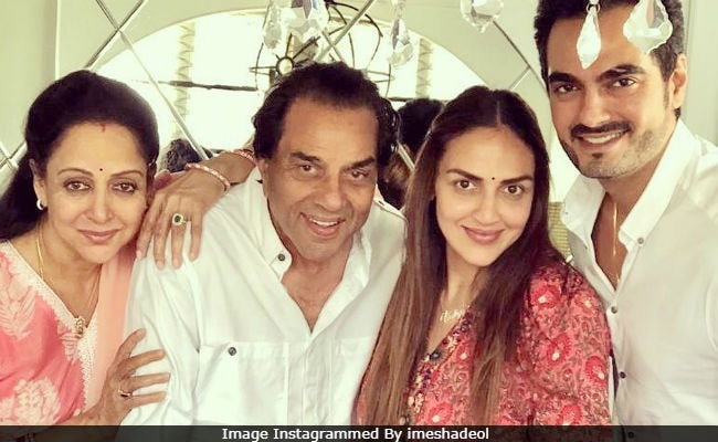 Esha Deol Reveals How Parents Hema Malini And Dharmendra Reacted To Her Second Pregnancy