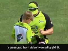 बिग बैश लीग मैच के दौरान शेन वॉटसन ने अपने बेटे को दिया ऑटोग्राफ, देखें VIDEO