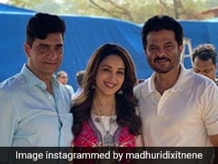 Madhuri Dixit And Anil Kapoor Wrap <I>Total Dhamaal</I>, Share Photos From Last Day On Sets