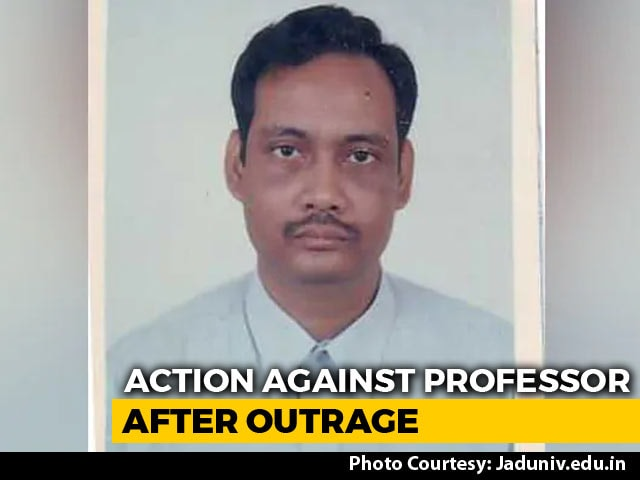 "Video : Kolkata Professor Who Said ""Virgin Girl Is Like Sealed Bottle"" Removed"