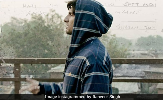 Ranveer Singh And Alia Bhatt's Gully Boy Trailer Announcement Is Rocking. Can't Wait For The Real Deal