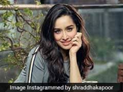 Shraddha Kapoor Shows Us How To Eat Carb-Rich Sweet Potatoes In A Healthy Way!