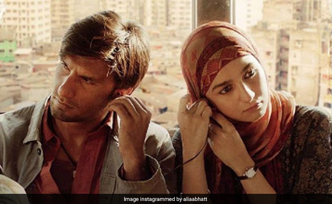 Gully Boy: Ranveer Singh And Alia Bhatt Share The First Look Poster From The Film