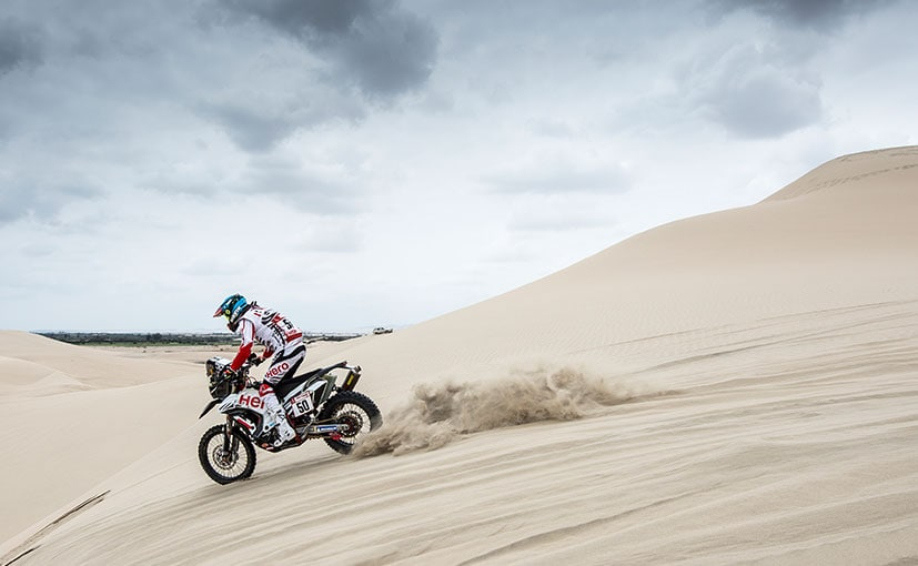 CS Santosh in the Dunes of Peru during Stage 1 of the 2019 Dakar Rally
