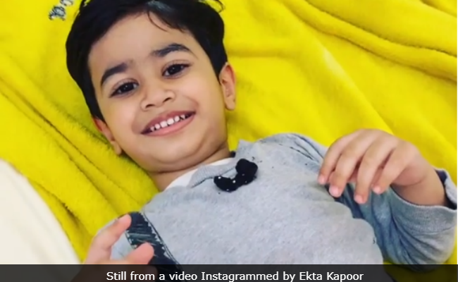 Ekta Kapoor And Laksshya's Rendition Of Phoolon Ka Taron Ka Will Make You Go 'Aww'