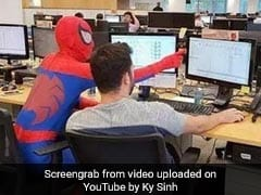 Banker Shows Up Dressed As Spider-Man On Last Day Of Work