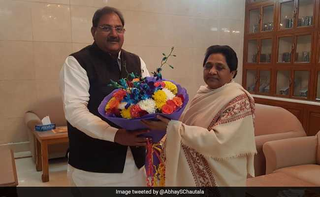 'By-Poll Win Will Be Her Birthday Gift': Abhay Chautala Meets Mayawati