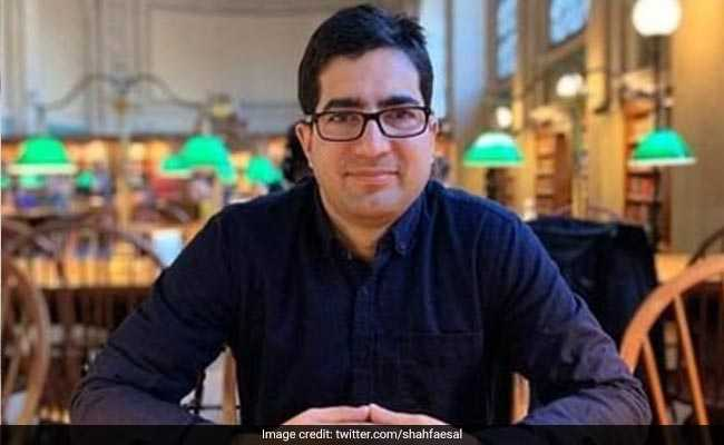 'Shah Faesal Could Serve Better As An IAS Officer': J&K Governor