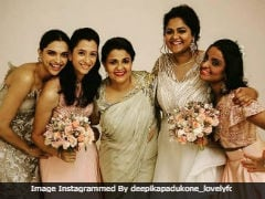 This Pic Of Deepika Padukone And Sister Anisha From A Friend's Wedding Is Viral