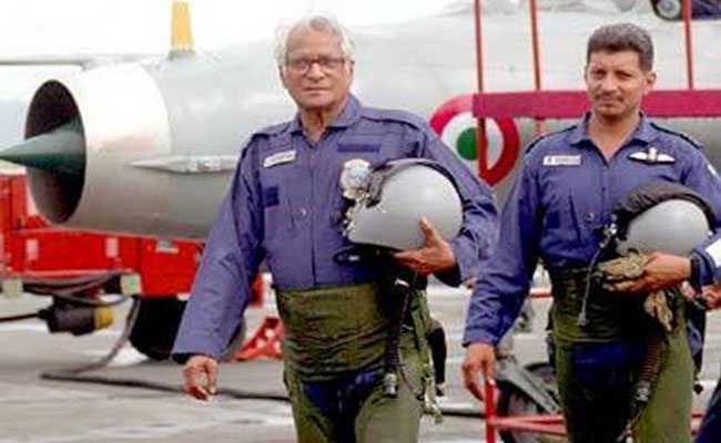 जब MiG में बैठकर जॉर्ज फर्नांडिस ने मुझसे कहा था,