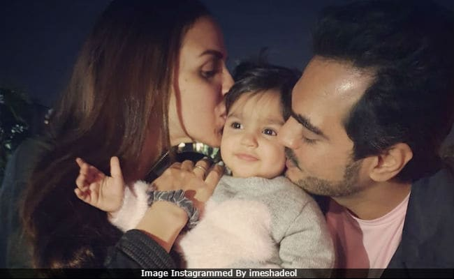 Esha Deol Makes Pregnancy Announcement With Pic Of Daughter Radhya